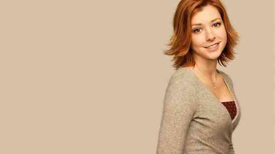 Alyson Hannigan Height, Age, Net Worth, Affair, Career, and More