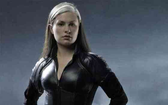 Anna Paquin Net Worth, Height, Age, Affair, Career, and More