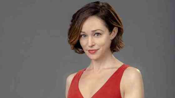 Autumn Reeser Net Worth, Height, Age, Affair, Career, and More