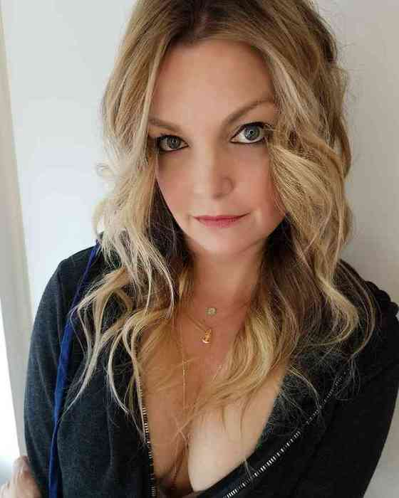 Clare Kramer Net Worth, Height, Age, Affair, Career, and More