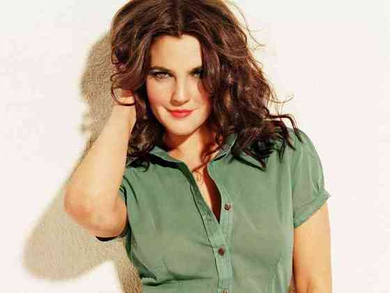Drew Barrymore Height, Age, Net Worth, Affair, Career, and More