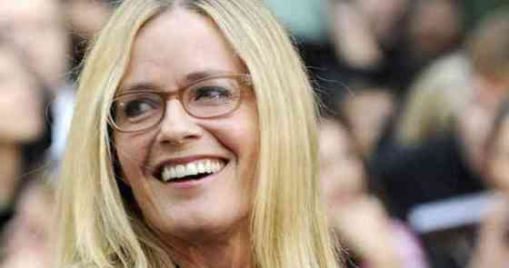 Elisabeth Shue Height, Age, Net Worth, Affair, Career, and More