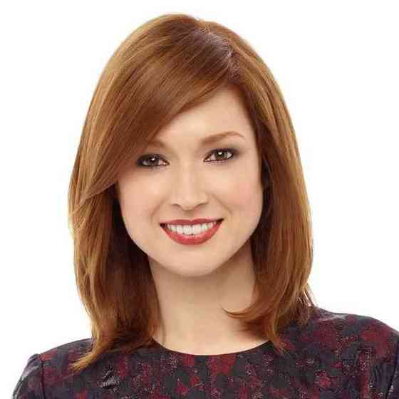 Ellie Kemper Height, Age, Net Worth, Affair, Career, and More