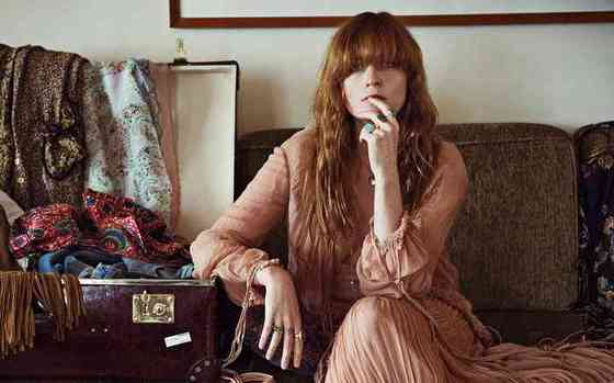 Florence Welch Height, Age, Net Worth, Affair, Career, and More