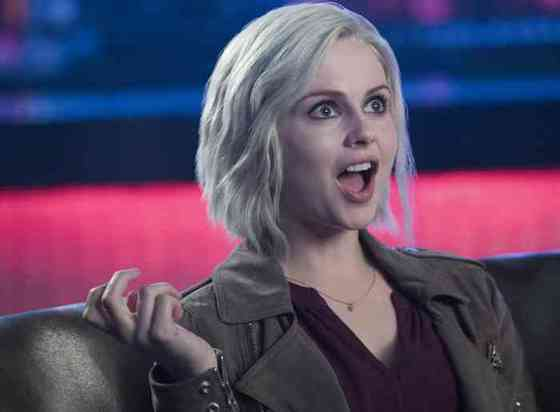 Rose McIver Age, Net Worth, Height, Affair, Career, and More