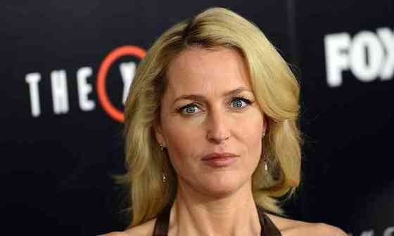 Gillian Anderson Net Worth, Height, Age, Affair, Career, and More
