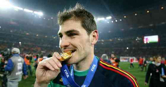 Casillas Net Worth, Age, Height, Career, and More