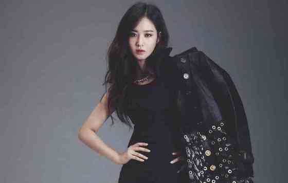 Kwon Yuri Height, Age, Net Worth, Affair, Career, and More