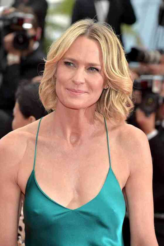 Robin Wright Affair, Height, Net Worth, Age, Career, and More