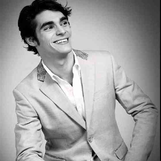 RJ Mitte Net Worth, Age, Height, Career, and More