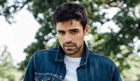 Sean Teale Height, Age, Net Worth, Affair, Career, and More