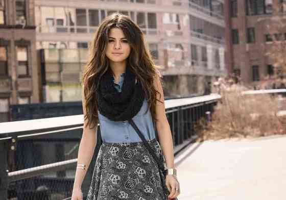 Selena Gomez Height, Age, Net Worth, Affair, Career, and More
