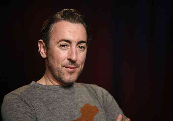 Alan Cumming Age, Net Worth, Height, Affair, Career, and More