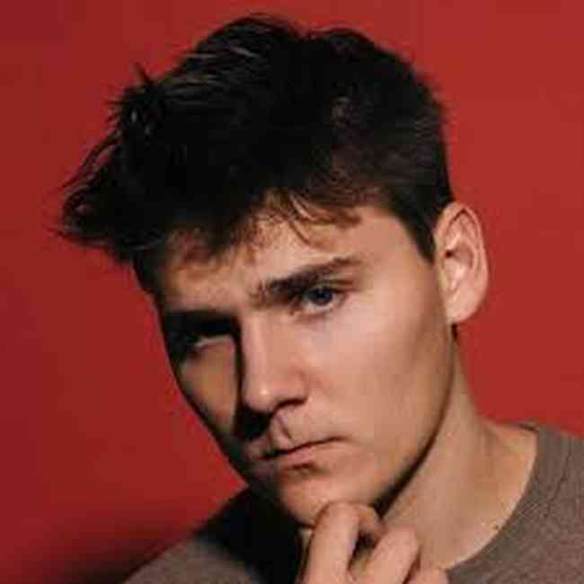 Alex Ernst Age, Net Worth, Height, Affair, Career, and More