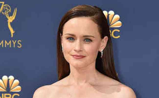 Alexis Bledel Age, Net Worth, Height, Affair, Career, and More