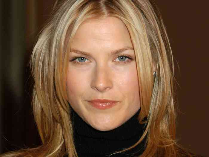 Ali Larter Age, Net Worth, Height, Affair, Career, and More