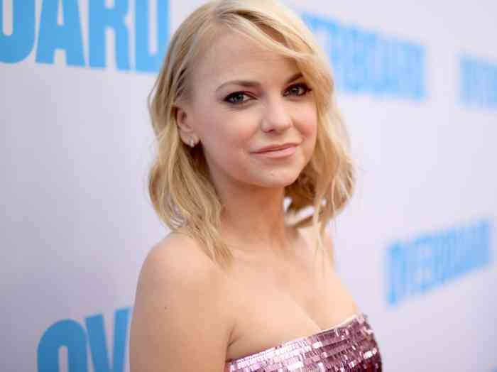Anna Faris Height, Age, Net Worth, Affair, Career, and More