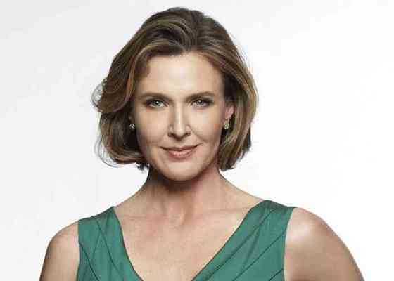 Brenda Strong Affair, Height, Net Worth, Age, Career, and More