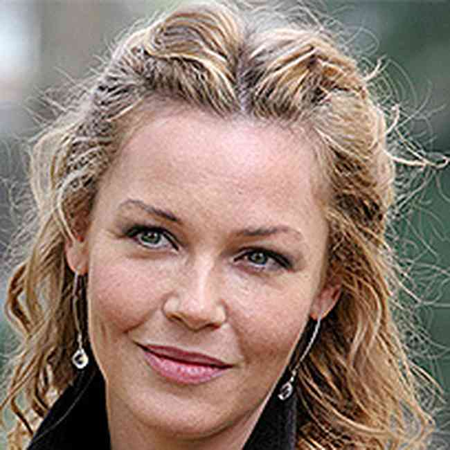 Connie Nielsen Age, Net Worth, Height, Affair, Career, and More
