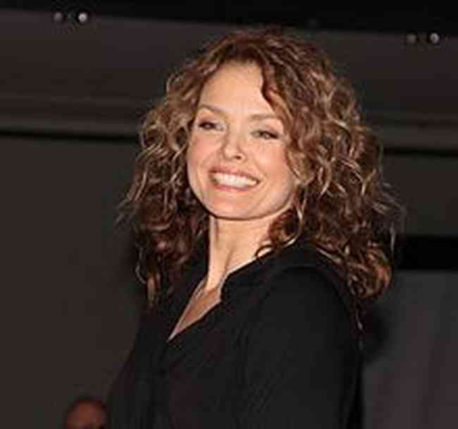 Dina Meyer Net Worth, Height, Age, Affair, Career, and More