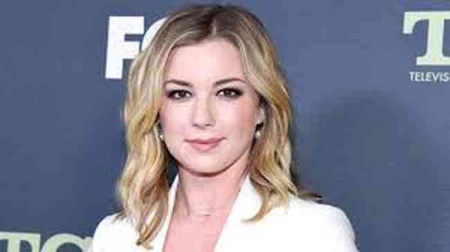 Emily VanCamp Net Worth, Height, Age, Affair, Career, and More