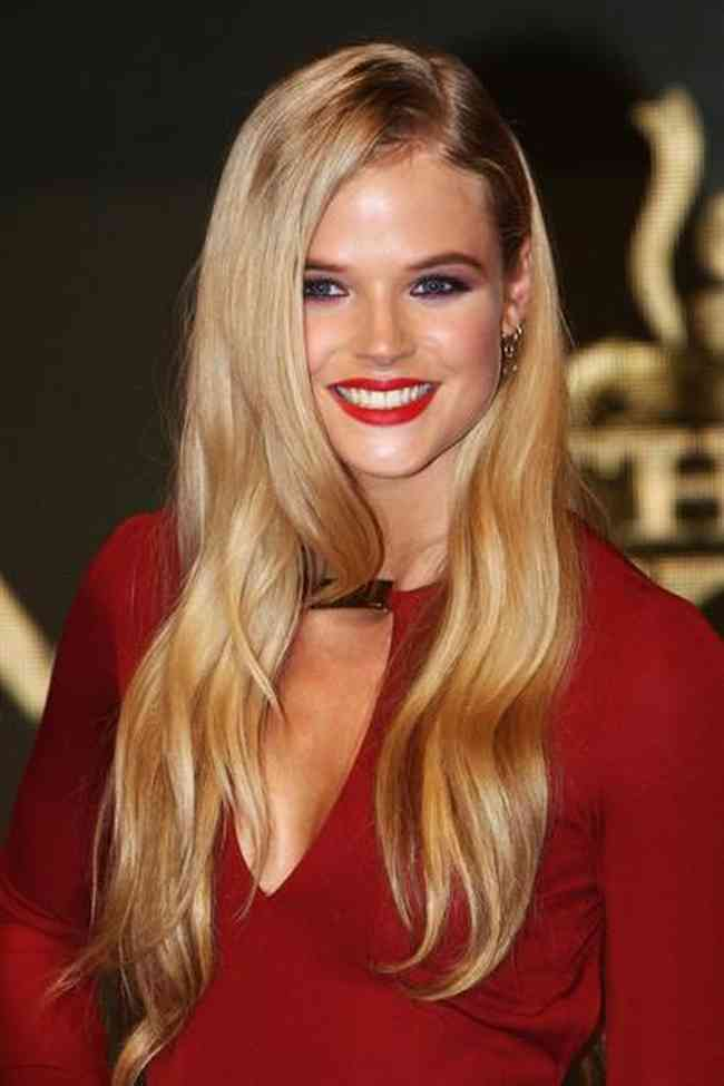 Gabriella Wilde Net Worth, Height, Age, Affair, Career, and More
