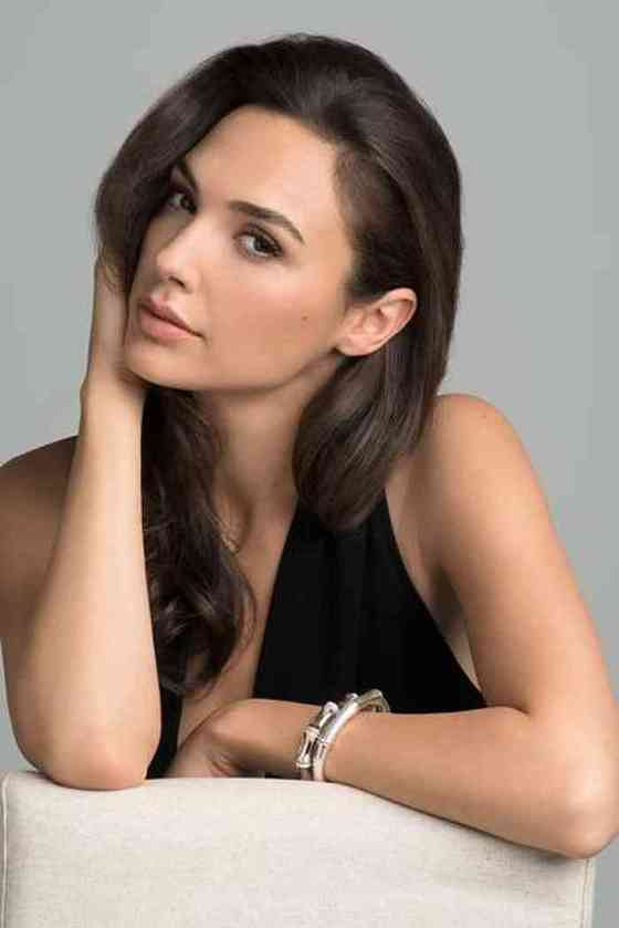Gal Gadot Age, Net Worth, Height, Affair, Career, and More