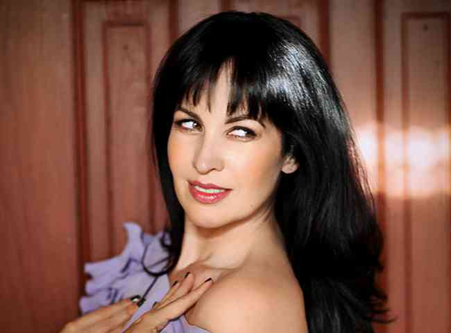 Grey DeLisle Age, Net Worth, Height, Affair, Career, and More