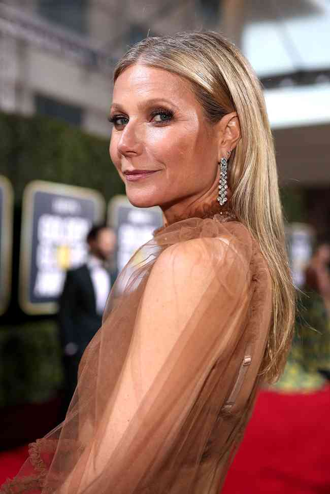 Gwyneth Paltrow Net Worth, Age, Height, Career, and More