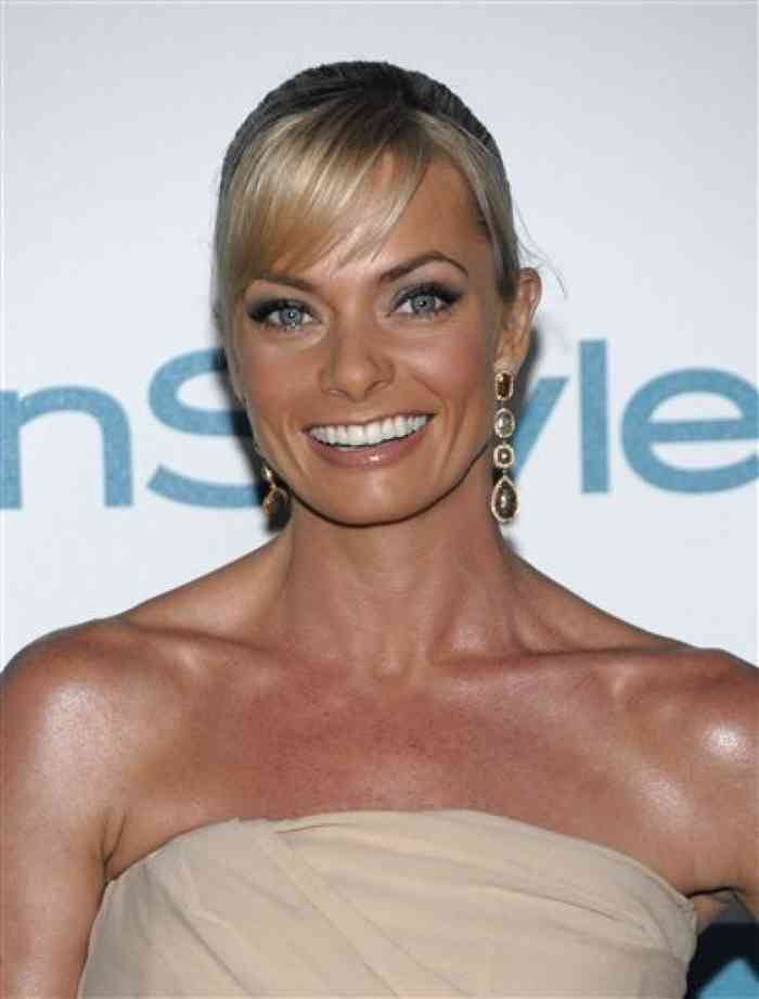 Jaime Pressly Net Worth, Height, Age, Affair, Career, and More