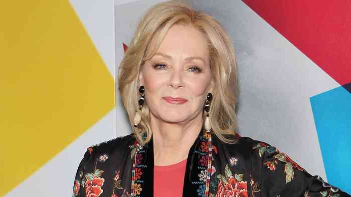 Jean Smart Height, Age, Net Worth, Affair, Career, and More