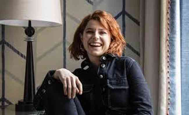 Jessie Buckley Age, Net Worth, Height, Affair, Career, and More