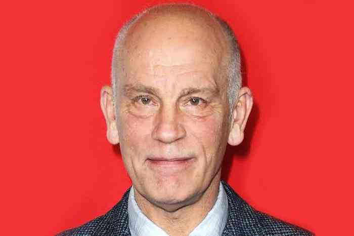 John Malkovich Net Worth, Height, Age, Affair, Career, and More