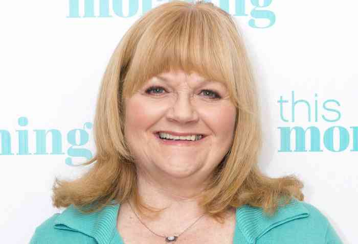 Lesley Nicol Age, Net Worth, Height, Affair, Career, and More