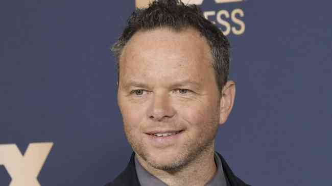 Noah Hawley Height, Age, Net Worth, Affair, Career, and More