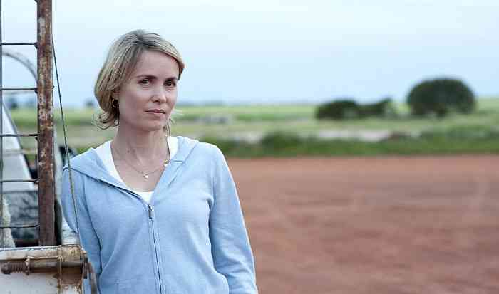 Radha Mitchell Height, Age, Net Worth, Affair, Career, and More
