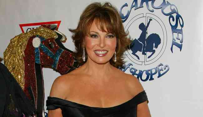 Raquel Welch Net Worth, Height, Age, Affair, Career, and More