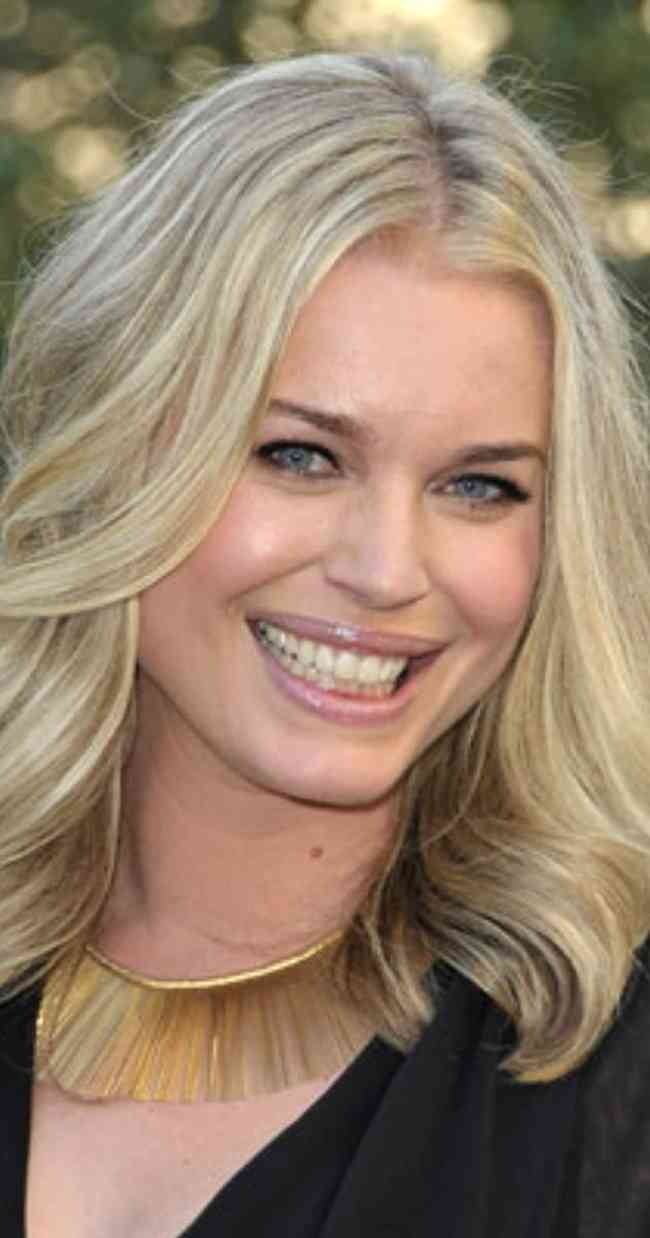 Rebecca Romijn Age, Net Worth, Height, Affair, Career, and More