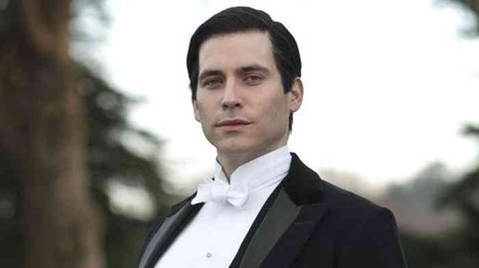 Robert James-Collier Net Worth, Height, Age, Affair, Career, and More