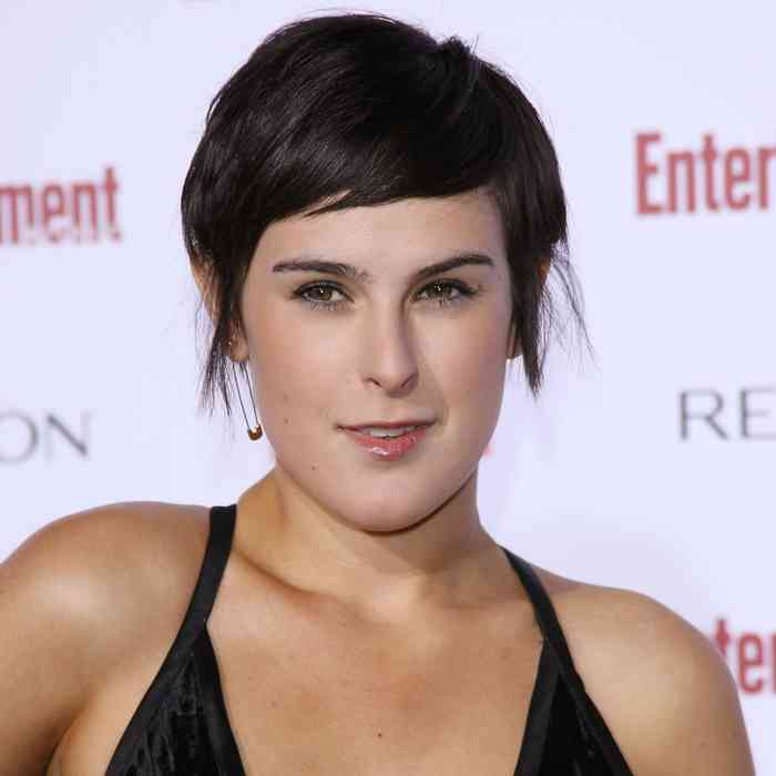 Rumer Willis Age, Net Worth, Height, Affair, Career, and More