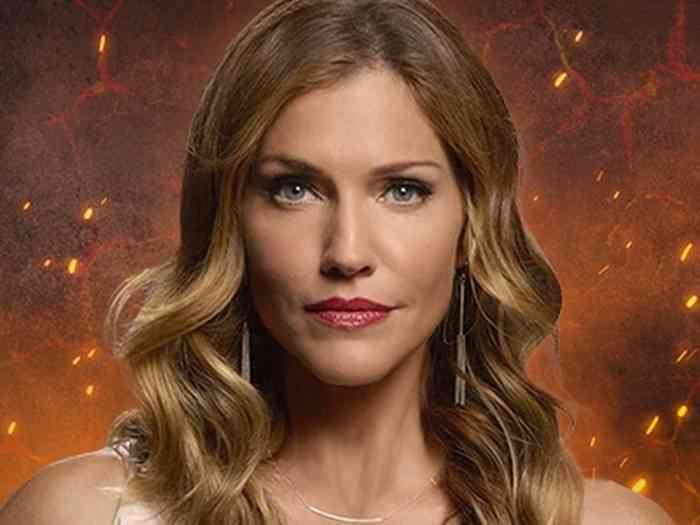Tricia Helfer Height, Age, Net Worth, Affair, Career, and More