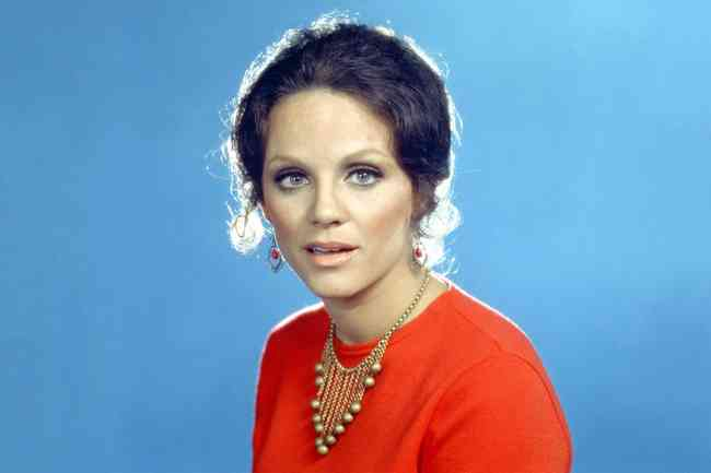 Valerie Harper Age, Net Worth, Height, Affair, Career, and More