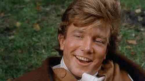Albert Finney Age, Net Worth, Height, Affair, Career, and More