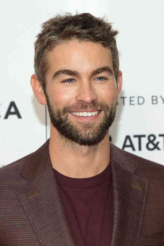 Chace Crawford Net Worth, Height, Age, Affair, Career, and More