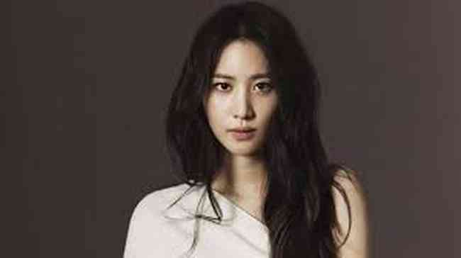 Claudia Kim Net Worth, Height, Age, Affair, Career, and More