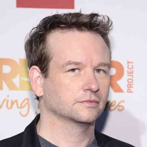 Dallas Roberts Age, Net Worth, Height, Affair, Career, and More