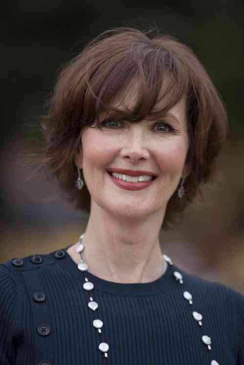 Janine Turner Age, Net Worth, Height, Affair, Career, and More