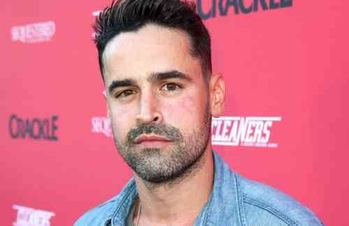 Jesse Bradford Age, Net Worth, Height, Affair, Career, and More