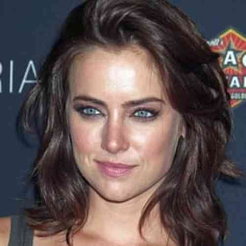 Jessica Stroup Height, Age, Net Worth, Affair, Career, and More