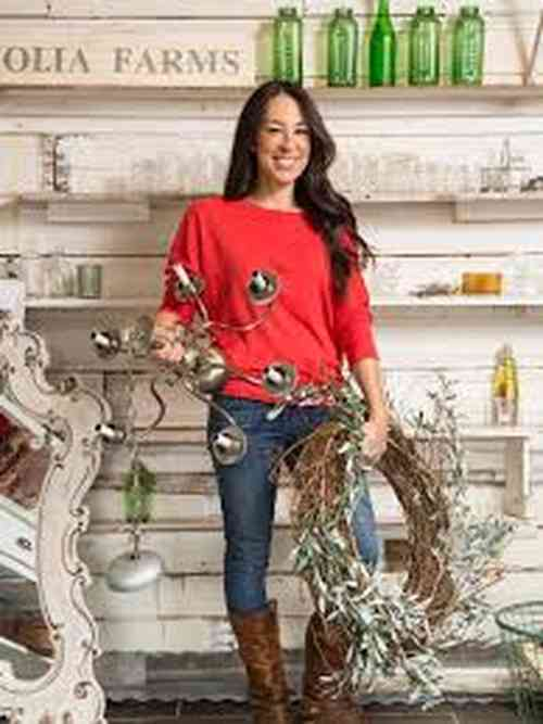Joanna Gaines Age, Net Worth, Height, Affair, Career, and More